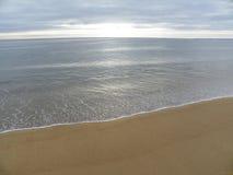 Spiaggia di Plum Island e vista dell'Oceano Atlantico nella primavera Fotografie Stock