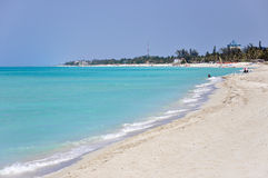 Spiaggia di sabbia bianca a Varadero, Cuba Fotografia Stock Libera da Diritti