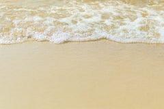 Spiaggia di sabbia con la bolla del mare Immagine Stock Libera da Diritti