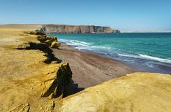 Spiaggia di sabbia rossa della riserva nazionale di Paracas nel Perù Fotografia Stock