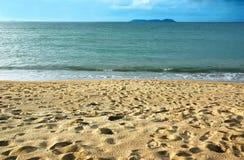 Spiaggia di Sandy pacifica Immagini Stock Libere da Diritti