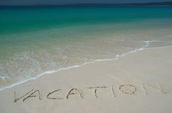 Spiaggia di Sandy tropicale con   Fotografie Stock Libere da Diritti