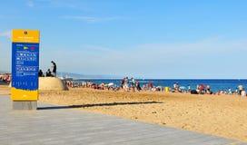 Spiaggia di Sant Sebastia a Barcellona Immagini Stock