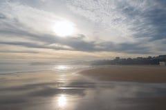 Spiaggia di Sardinero, inverno Fotografia Stock Libera da Diritti
