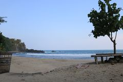 Spiaggia di Siung in Indonesia immagini stock libere da diritti