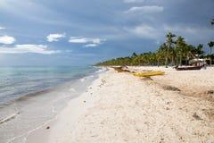 Spiaggia di sogno nella Repubblica dominicana fotografia stock libera da diritti