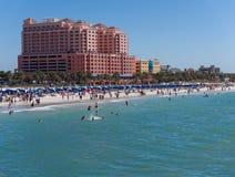 Spiaggia di Sunny Spring Day On Clearwater Fotografia Stock Libera da Diritti