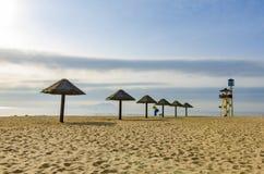Spiaggia di svago dal mare fotografia stock libera da diritti