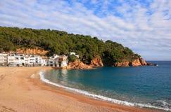 Spiaggia di Tamariu (Costa Brava, Spagna) Fotografia Stock