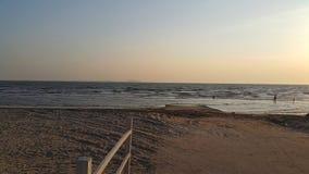 Spiaggia di tramonto Immagini Stock
