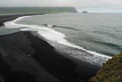 Spiaggia di Vik i Myrdal, Islanda Fotografia Stock