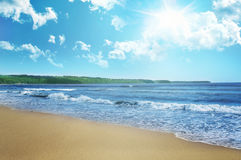 Spiaggia e cielo Fotografia Stock