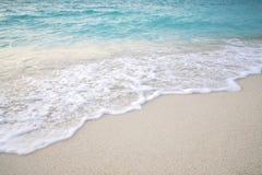 Spiaggia e sabbia con l'onda di acqua Priorità bassa della natura Immagine Stock Libera da Diritti