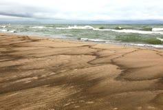 Spiaggia e spuma di lago Michigan Immagini Stock