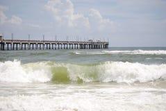 Spiaggia ed onde Fotografie Stock Libere da Diritti