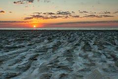 Spiaggia enorme dell'argilla del mare di Aral Fotografia Stock