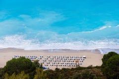 Spiaggia famosa di Kathisma nell'isola Grecia di Leucade fotografie stock