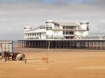Spiaggia inglese tradizionale, Weston Super Mare Immagini Stock