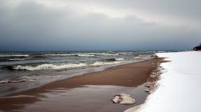 Spiaggia in inverno Fotografie Stock Libere da Diritti