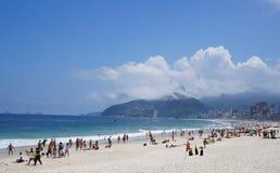 Spiaggia a Ipanema, Rio de Janeiro, Brasile Fotografia Stock