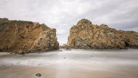 Spiaggia laterale alla spiaggia di Pfeiffer Fotografie Stock Libere da Diritti
