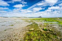 Spiaggia lunga Cornovaglia Inghilterra Regno Unito della roccia Immagine Stock Libera da Diritti