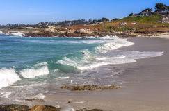 Spiaggia lungo un azionamento da 17 miglia Fotografie Stock Libere da Diritti