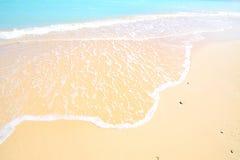 Spiaggia mediterranea splendida nell'estate Fotografia Stock