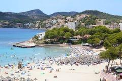 Spiaggia nella vista aerea di Paguera fotografia stock libera da diritti