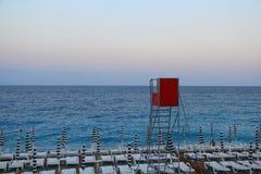 Spiaggia in Nizza Immagini Stock