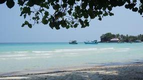 Spiaggia piacevole sulla bella isola vietnamita fotografia stock libera da diritti