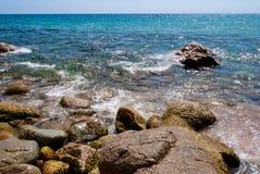 Spiaggia piena di sole in Catalogna Fotografia Stock