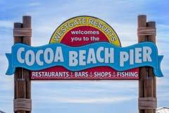 Spiaggia Pier Sign del cacao Fotografia Stock