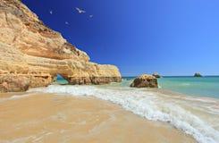 Spiaggia in Portimao, Algarve del da Rocha di Praia Fotografie Stock Libere da Diritti