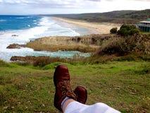 Spiaggia praticante il surfing di stordimento della persona del selfie del piede, isola del nord di Stradbroke, Australia Immagine Stock Libera da Diritti