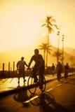 Spiaggia Rio de Janeiro Brazil di Ipanema del marciapiede del percorso della bici Fotografia Stock