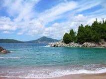 Spiaggia a riviera del Budva, Montenegro Fotografia Stock