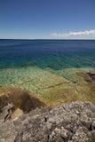Spiaggia rocciosa, baia georgiana, Bruce Peninsula, il lago Huron Immagine Stock Libera da Diritti