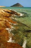 Spiaggia rocciosa nell'isola di Thassos, Grecia Immagini Stock