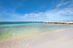 Spiaggia sabbiosa incontaminata fotografia stock
