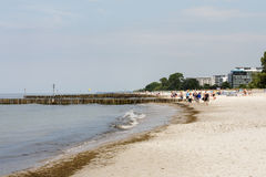 Spiaggia sabbiosa in Kolobrzeg in Polonia Immagini Stock Libere da Diritti
