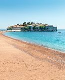 Spiaggia sabbiosa piacevole Immagine Stock Libera da Diritti