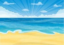 Spiaggia sabbiosa sotto il sole luminoso Fotografie Stock Libere da Diritti
