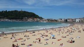 Spiaggia in San Sebastian, Spagna video d archivio