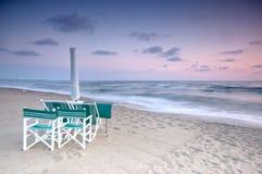 Spiaggia scenica al tramonto Fotografie Stock
