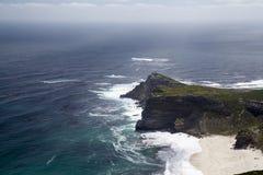Spiaggia, scogliera e l'oceano Fotografia Stock