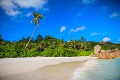 Spiaggia splendida dei Cocos di Anse Immagine Stock Libera da Diritti