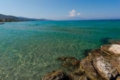 Spiaggia stupefacente al mare ionico immagine stock libera da diritti
