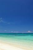 Spiaggia su estate Fotografia Stock Libera da Diritti