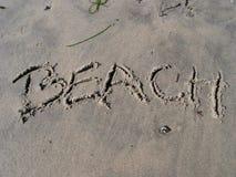 Spiaggia sulla spiaggia: -) fotografia stock libera da diritti